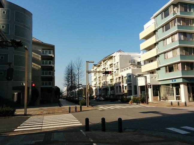 パティオス13番街2階201号室【仲...